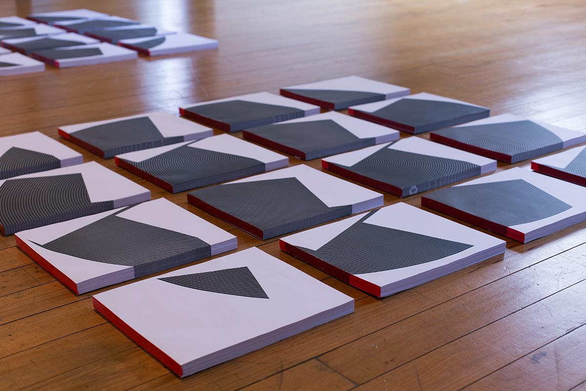 Detalhe dos 16 blocos de papéis dos Paralelos
