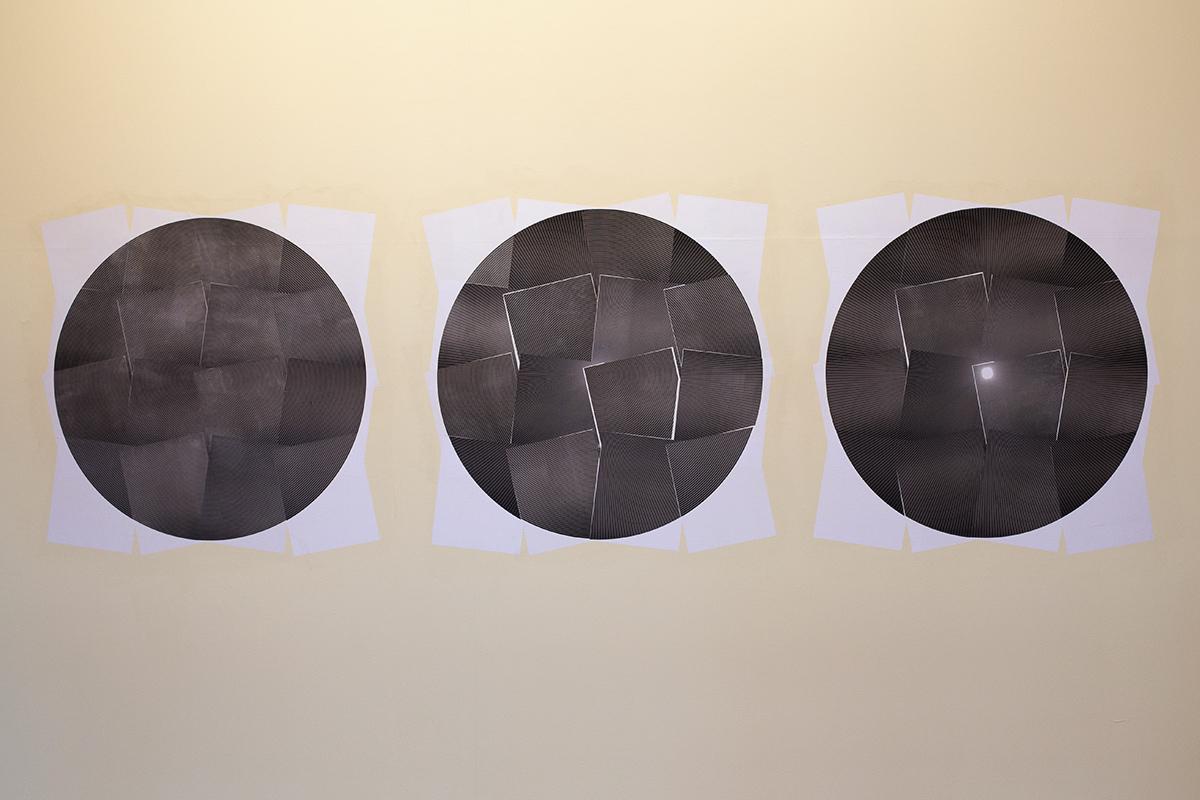 Colagem em lambe utilizando os papéis dos blocos da instalação